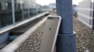 Huawei P10 Plus Ekran Değişimi Tamiri- Kadıköy